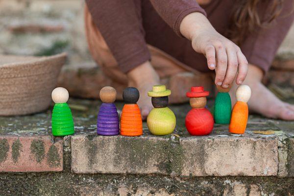 together grant, Mon Pettit o, juguetes sostenibles, juguetes de madera, inspiración Wardolf,